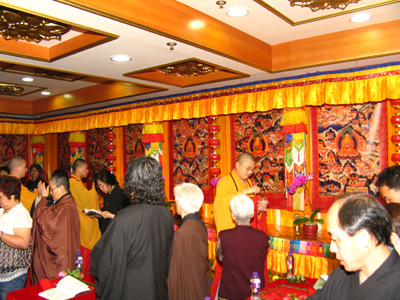 http://old.buddhism.org.hk/upload/editorfiles/2009.5.16_1.43.41_3449.JPG
