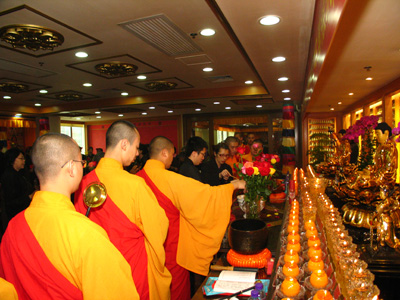 http://old.buddhism.org.hk/upload/editorfiles/2009.5.16_1.44.9_6157.JPG